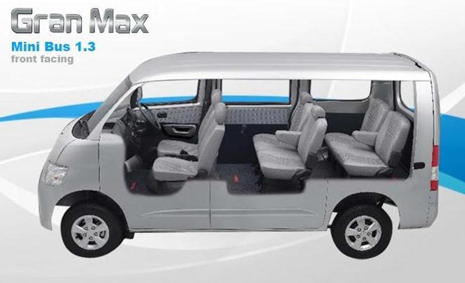 Interior Daihatsu Gran Max mampu menampung hingga 8 orang sekaligus