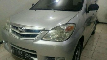 Daihatsu Xenia Li 2009 dijual