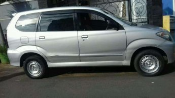 Daihatsu Xenia Li Deluxe 2010 dijual