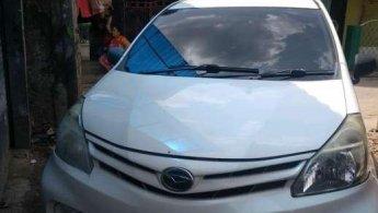 Daihatsu Xenia 1.3 Manual 2012