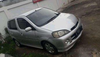 Jual Mobil Daihatsu YRV 2001