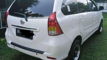 Jual Mobil Daihatsu Xenia M DELUXE 2015