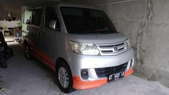 Jual Mobil Daihatsu Luxio M 2011