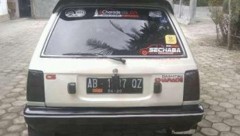 Jual Mobil Daihatsu Charade 1985