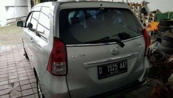 Jual Daihatsu Xenia R Deluxe 2013