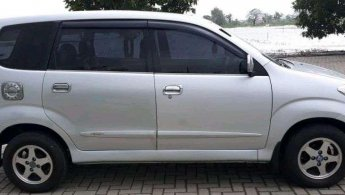Daihatsu Xenia Li 2010 dijual