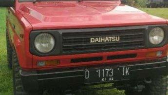 Jual Mobil Daihatsu Taft GT