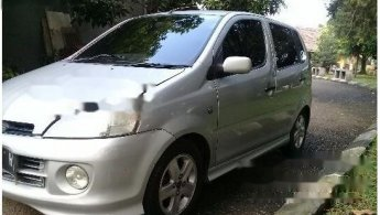 Daihatsu YRV Deluxe 2004