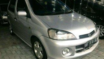 Daihatsu YRV Deluxe 2001