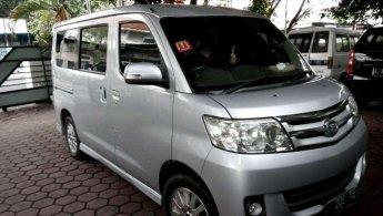 Jual Daihatsu Luxio X 2010