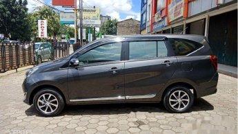 Jual Mobil Daihatsu Sigra R 2017