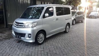 Jual Mobil Daihatsu Luxio X 2009