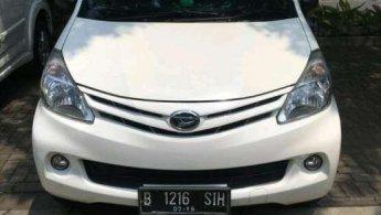 Jual Mobil Daihatsu Xenia D 2014