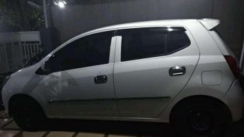 Daihatsu Ayla M 2014 dijual