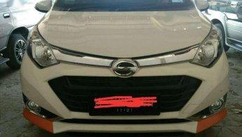 Daihatsu Sigra R 2016 dijual