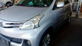 Jual mobil bekas Daihatsu Xenia R Deluxe 2013