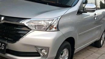 Jual Daihatsu Xenia R 2018 mobil bekas