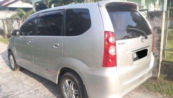 Jual mobil Daihatsu Xenia Xi 2010harga murah di Riau