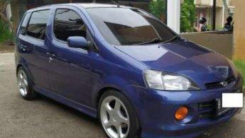 Daihatsu YRV 2003