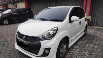 Jual Cepat Daihatsu Sirion D FMC DELUXE 2015