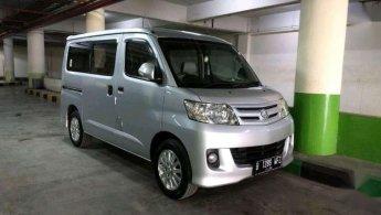 Daihatsu Luxio M 2012