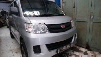 Jual Cepat Daihatsu Luxio D 2013