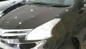 Daihatsu Xenia M DELUXE 2011