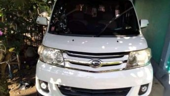 Daihatsu Luxio X Prestige 2012