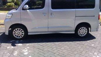 Jual Cepat Daihatsu Luxio 2011