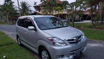 Jual mobil Daihatsu Xenia Xi 2010 murah di Sumatra Barat