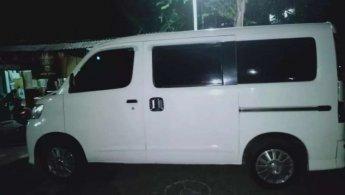 Jual cepat Daihatsu Luxio M 2012 di Jawa Tengah