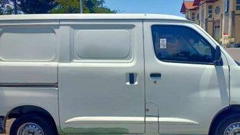Daihatsu Gran Max Blind Van 2017