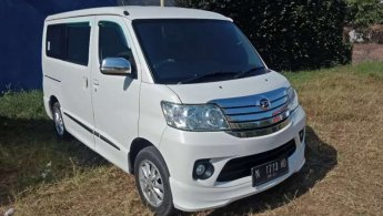 Jual Mobil Daihatsu Luxio X 2016