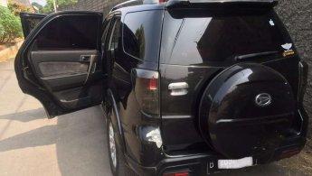 Mobil Daihatsu Terios TX 2014 terawat di Jawa Barat