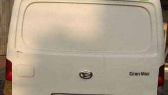 Jual Cepat Daihatsu Gran Max Blind Van 2010 di Jawa Tengah