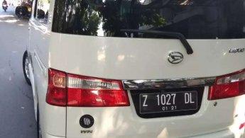 Jual Cepat Daihatsu Luxio X 2010
