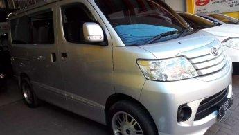 Daihatsu Luxio D 2014