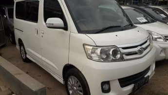 Jual Mobil Daihatsu Luxio X 2012