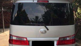 Jual Mobil Daihatsu Luxio M 2012