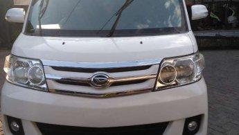 Mobil Daihatsu Luxio X 2012 terawat di Jawa Timur