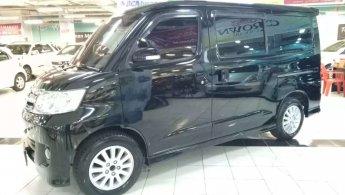 jual mobil Daihatsu Luxio X 2011 terbaik di Jawa Timur