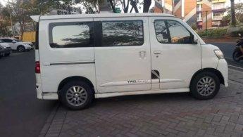 Dijual mobil bekas Daihatsu Luxio X 2012, Banten