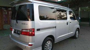Daihatsu Luxio M 2010