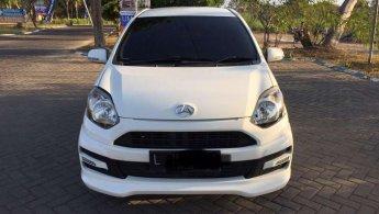 Mobil Daihatsu Ayla M Sporty 2015 dijual, Jawa Timur
