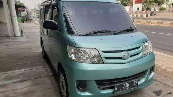 Jual cepat Daihatsu Luxio M 2009 bekas di Jawa Timur