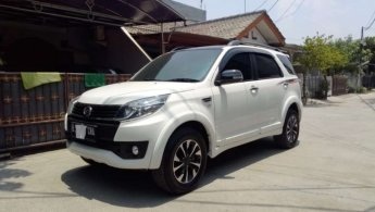Mobil Daihatsu Terios CUSTOM 2016 dijual, Jawa Barat