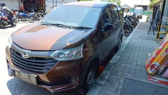 Jual Mobil Daihatsu Xenia D STD 2016