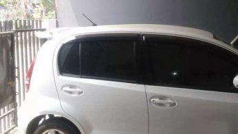 Jual Mobil Daihatsu Sirion D 2013