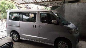 Jual mobil Daihatsu Luxio X 2011 dengan harga terjangkau di Jawa Barat