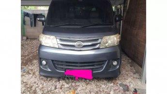 Jual mobil Daihatsu Luxio X 2011 bekas di Banten